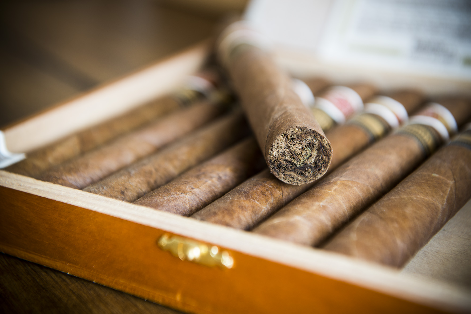 PERSONALIZED CIGAR RECOMMENDATIONS – SALES MOTIVE